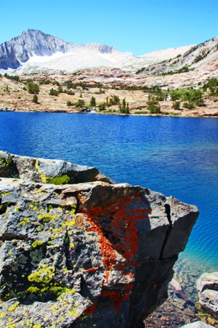 Yosemite Alpine Lake - photo by Dick Davis